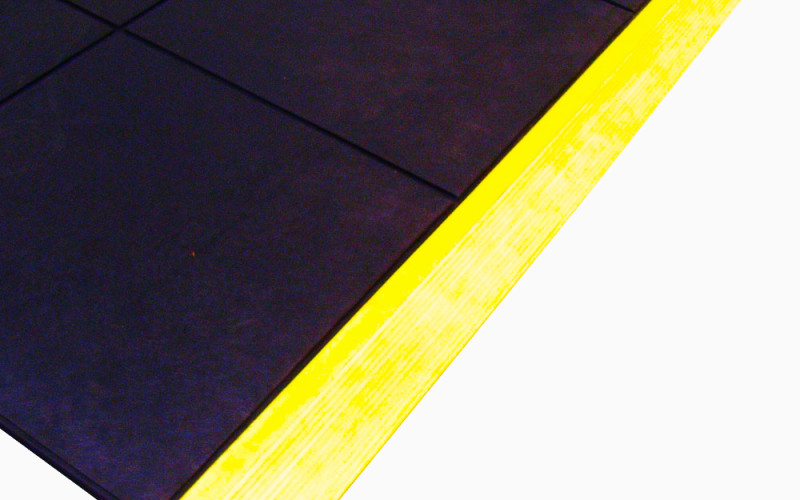 SafetyChef_Connect_Mat_corner_with_YELLOW